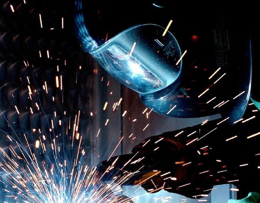 weld-67640_960_720-1-897x700